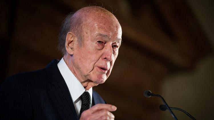 Valéry Giscard d'Estaing à la tribune